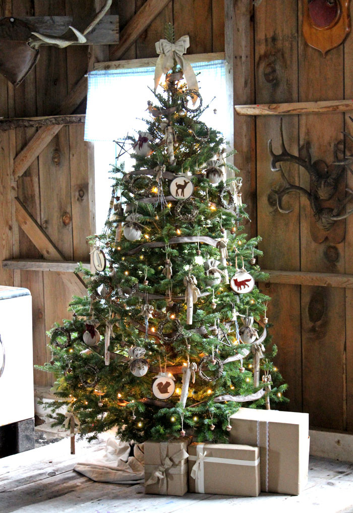 Cabin Christmas Tree  Have Yourself a Very Rustic Christmas FYNES DESIGNS