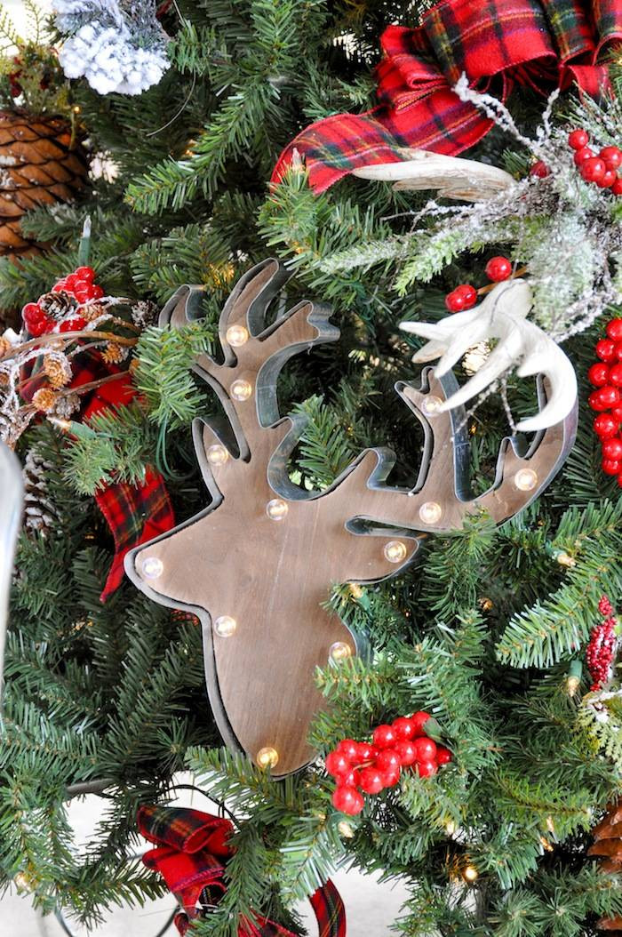Cabin Christmas Tree  Kara s Party Ideas Rustic Plaid Farmhouse