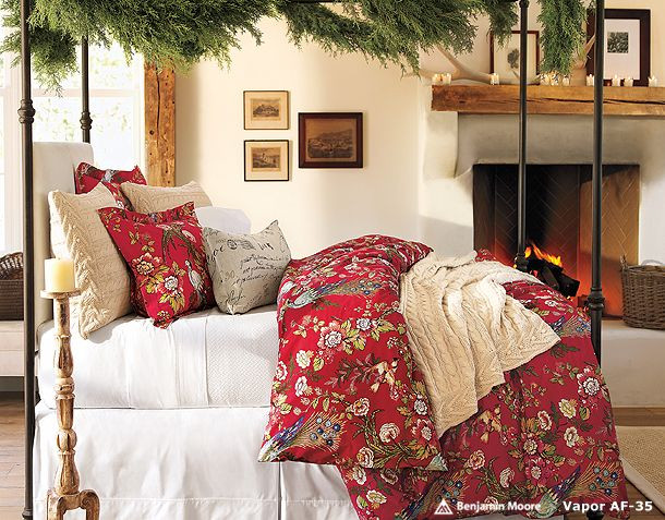 Christmas Bedroom Decorating Ideas  Bedroom Decorations for Christmas