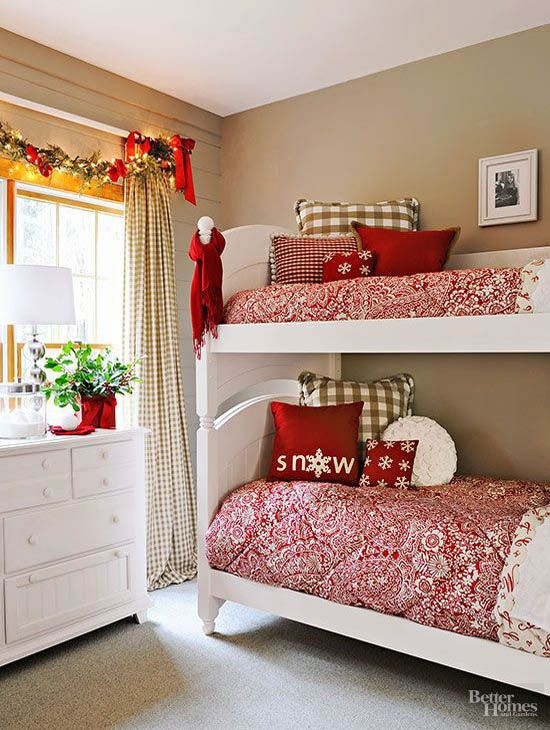 Christmas Bedroom Decorating Ideas  Christmas Stuff 30 Christmas Bedroom Decorating Ideas on
