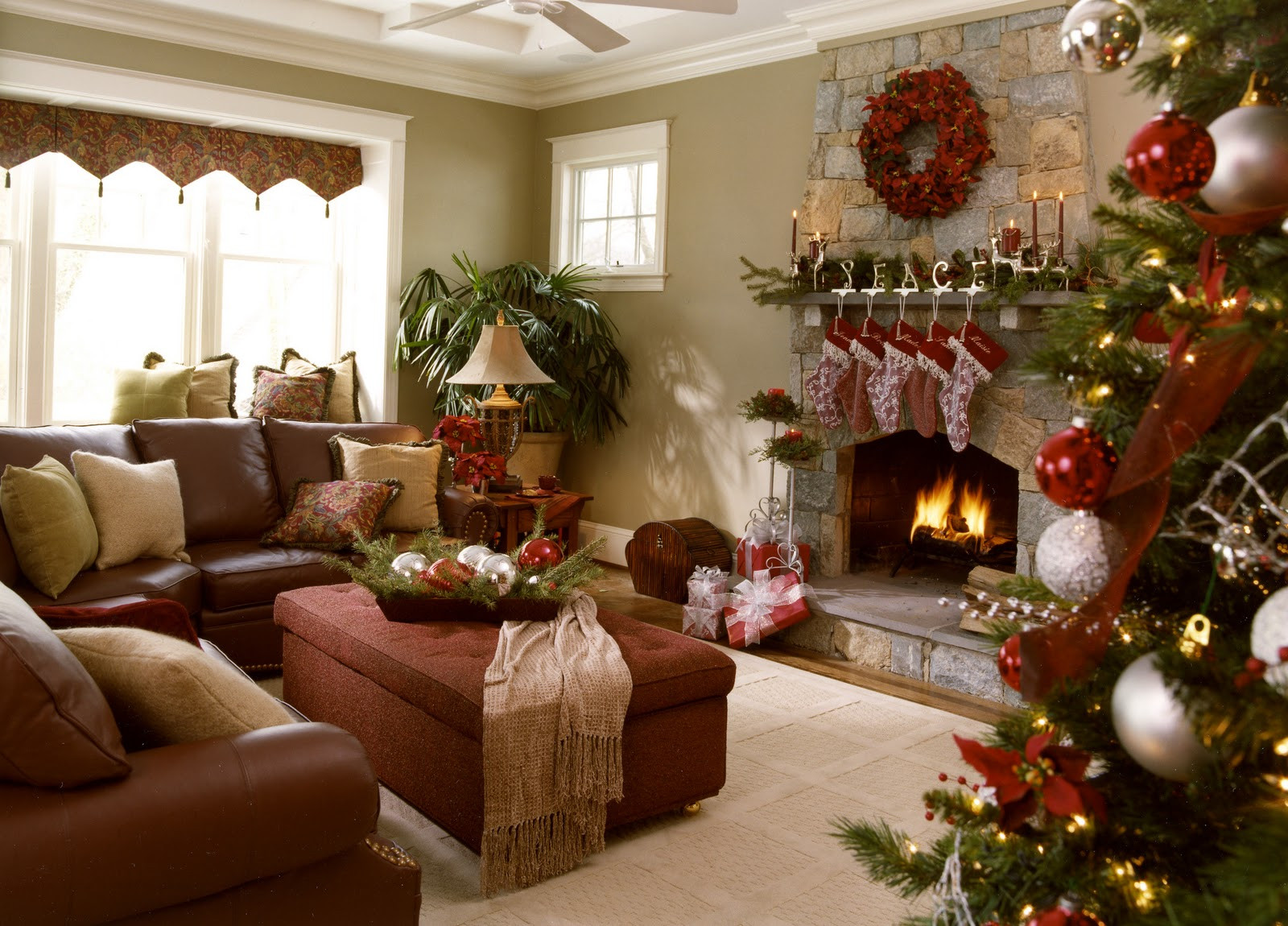 Christmas Decor Living Room  Residential Holiday Decor & Installation