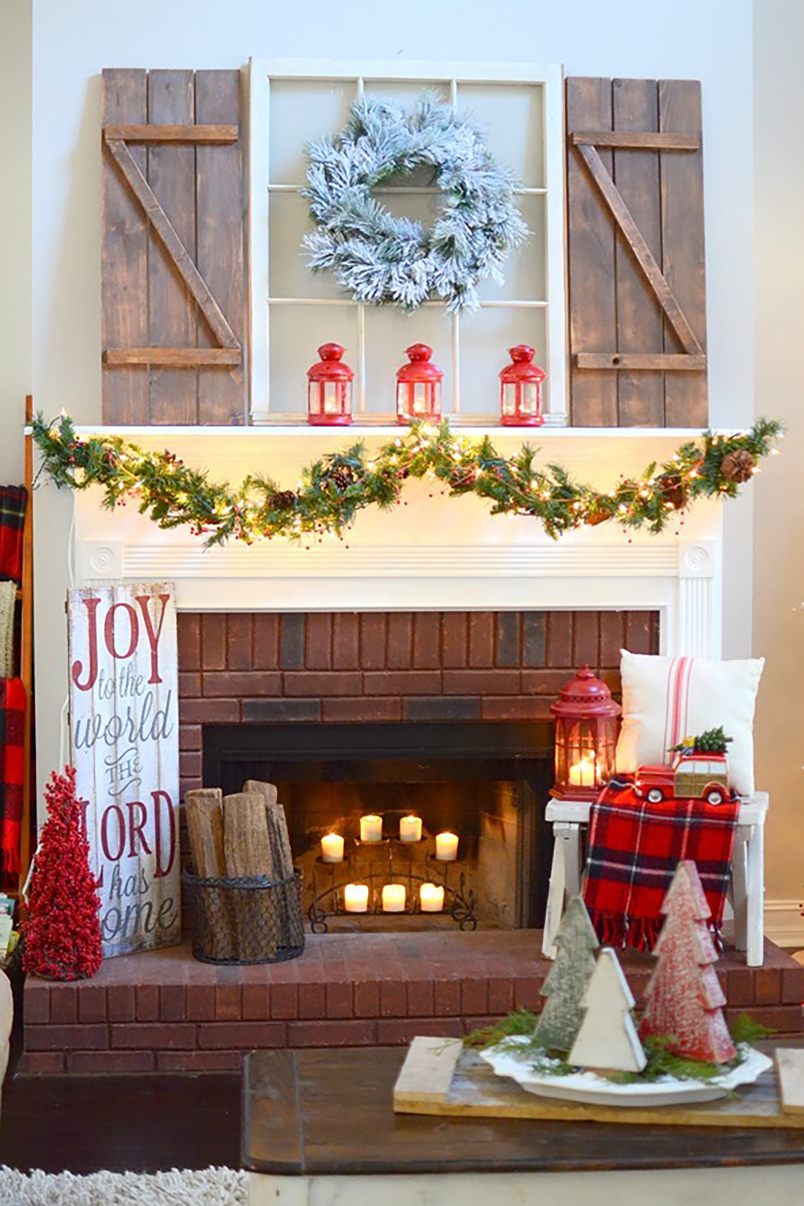 Christmas Decoration Fireplace Mantel  35 Christmas Mantel Decorations Ideas for Holiday