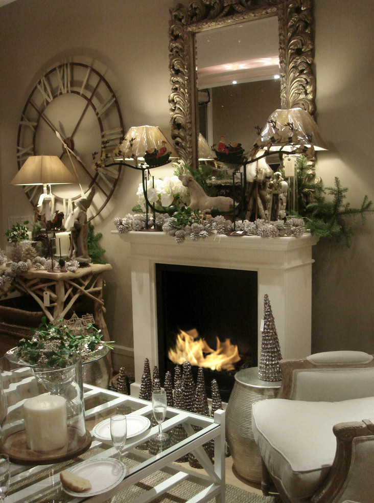 Christmas Decoration Fireplace Mantel  7 Stylish Ways to Decorate Your Mantel This Christmas