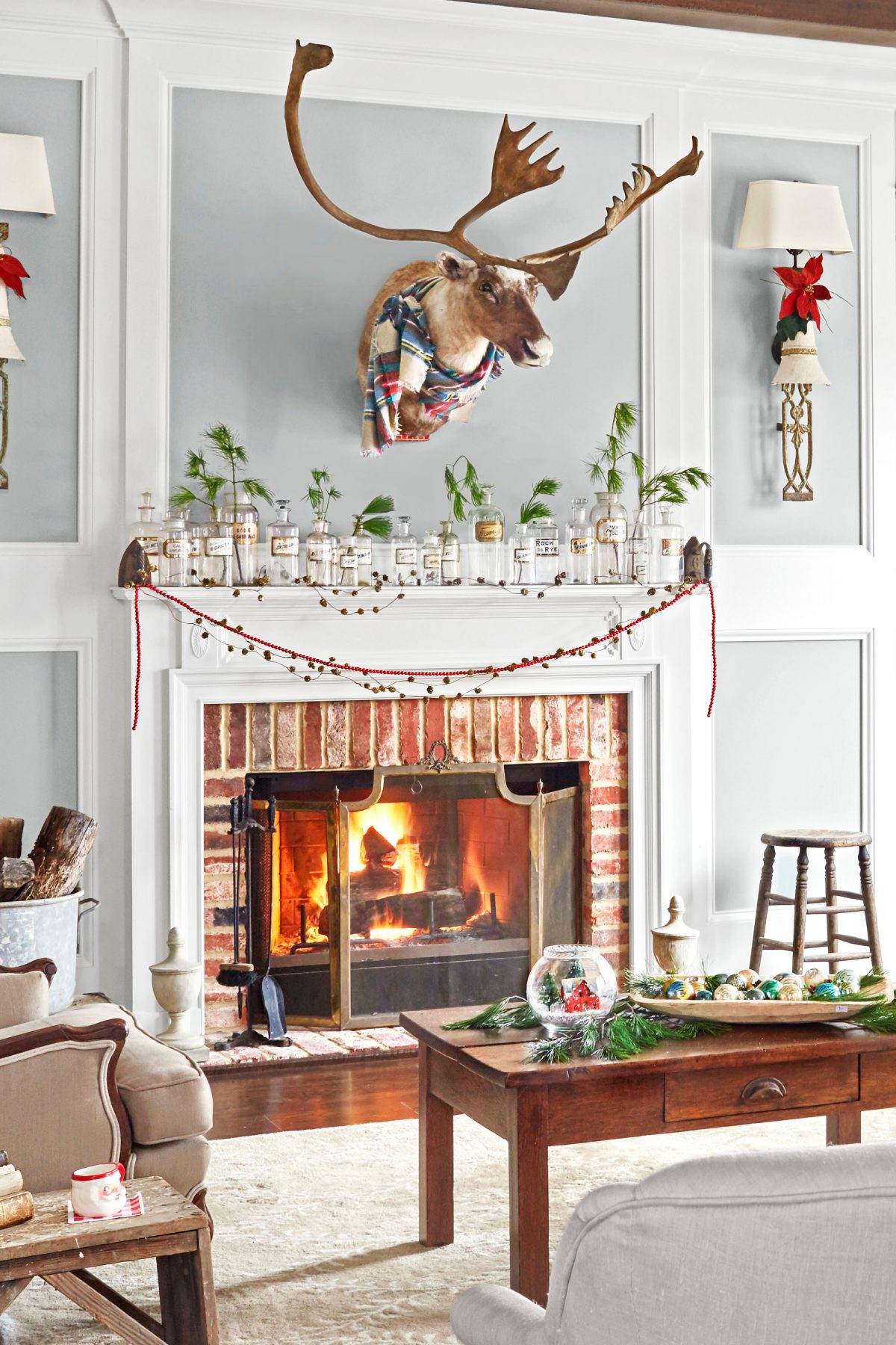 Christmas Decoration Fireplace Mantel  How to Decorate Fireplace Mantels Dap fice