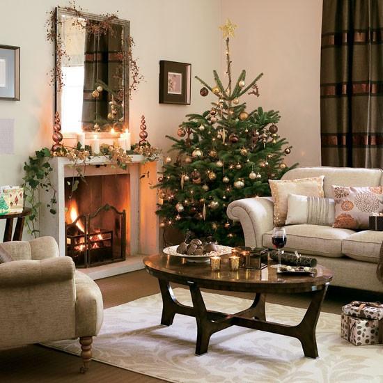 Christmas Decorations Living Room  5 Inspiring Christmas Shabby Chic Living Room Decorating Ideas