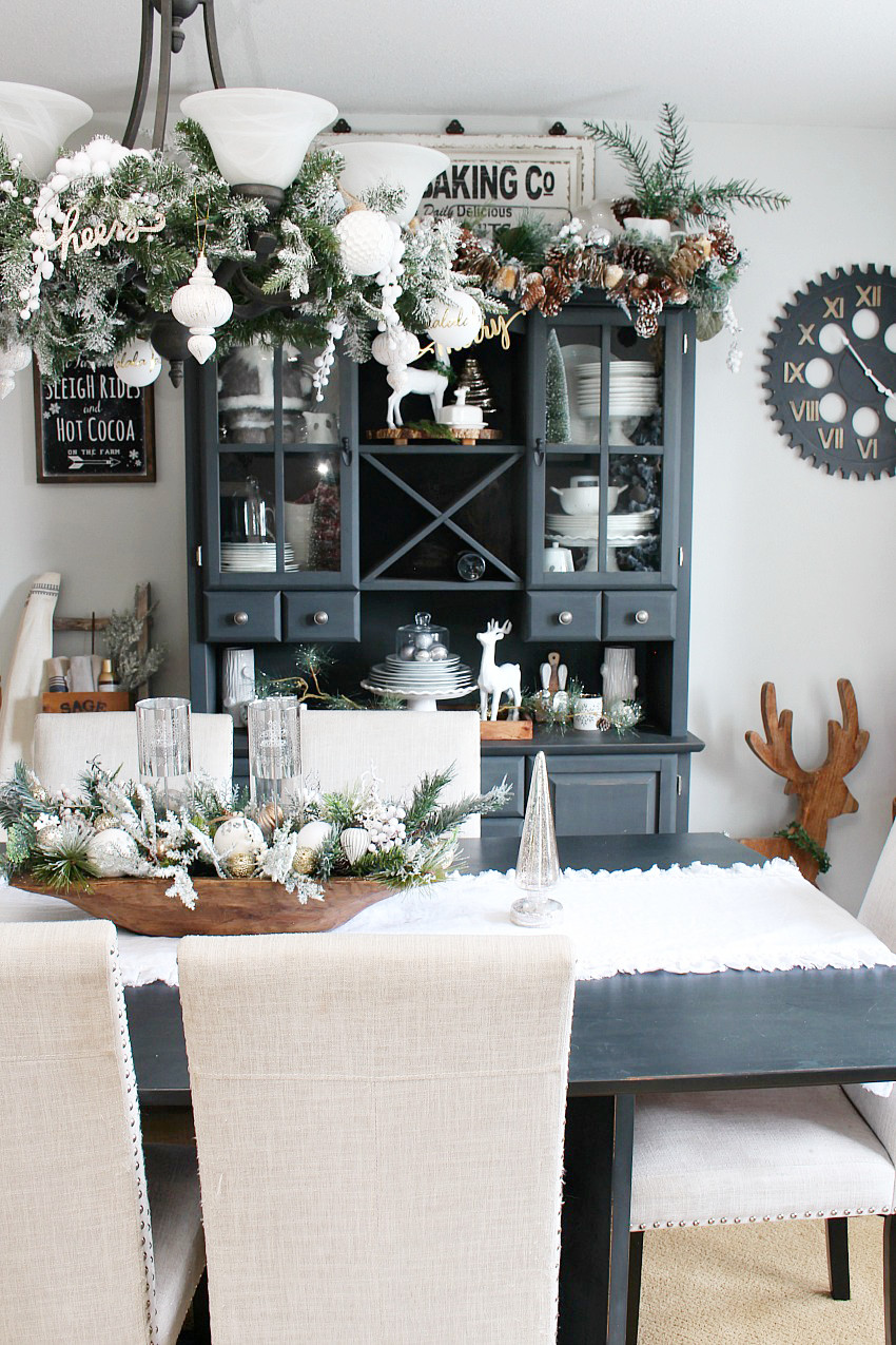 Christmas Dining Room  Farmhouse Dining Room Christmas Decorations Clean and