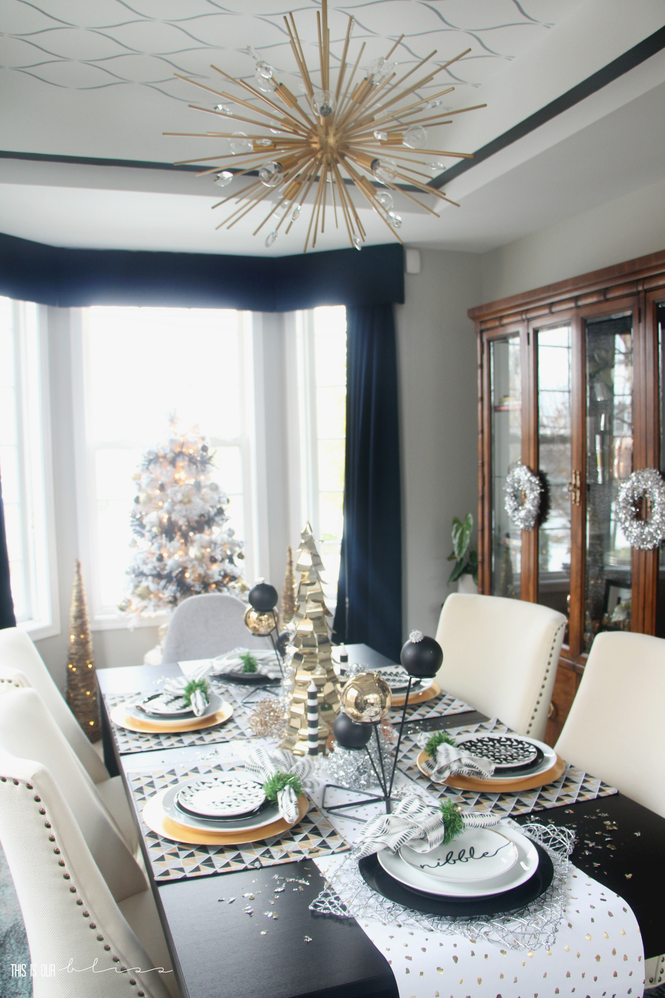 Christmas Dining Room  A Merry and Metallic Christmas Dining Room 2016