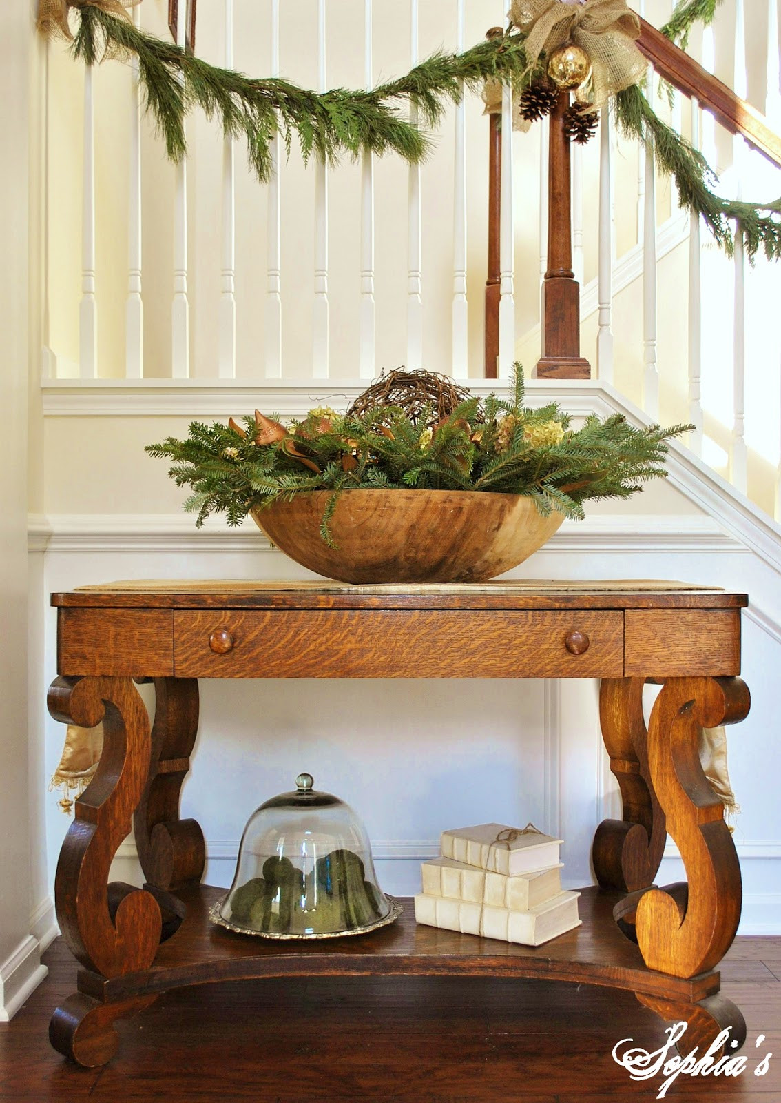 Christmas Entryway Decor  Sophia s Christmas Stairs and Entryway