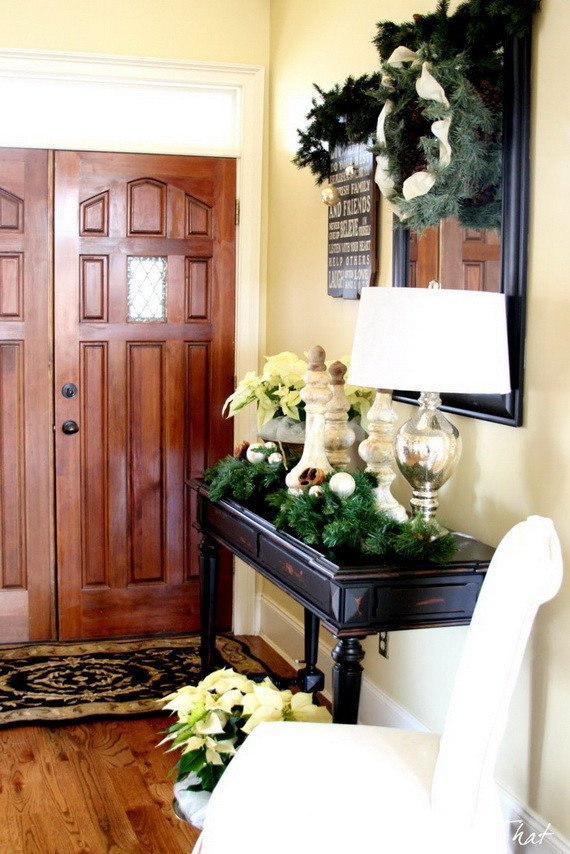 Christmas Entryway Decor  50 Fresh Festive Christmas Entryway Decorating Ideas
