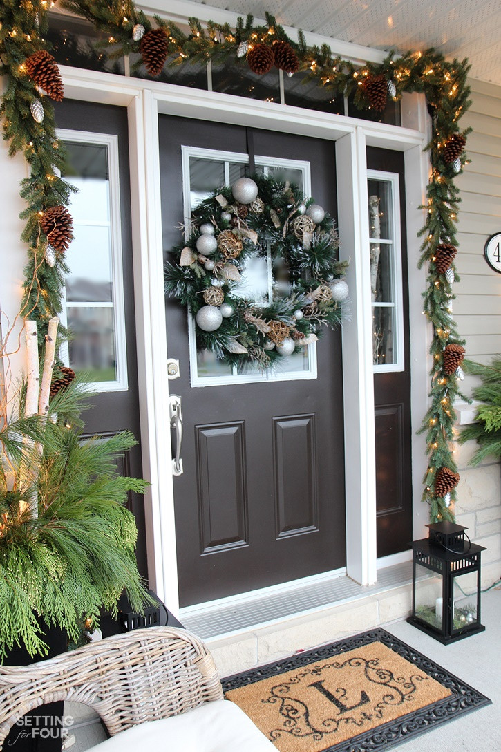 Christmas Entryway Sets  10 Minute Christmas Lantern Decor Setting for Four