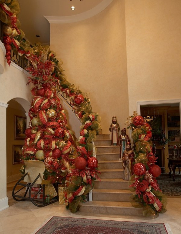 Christmas Entryway Trees  Christmas Entryway Decorations