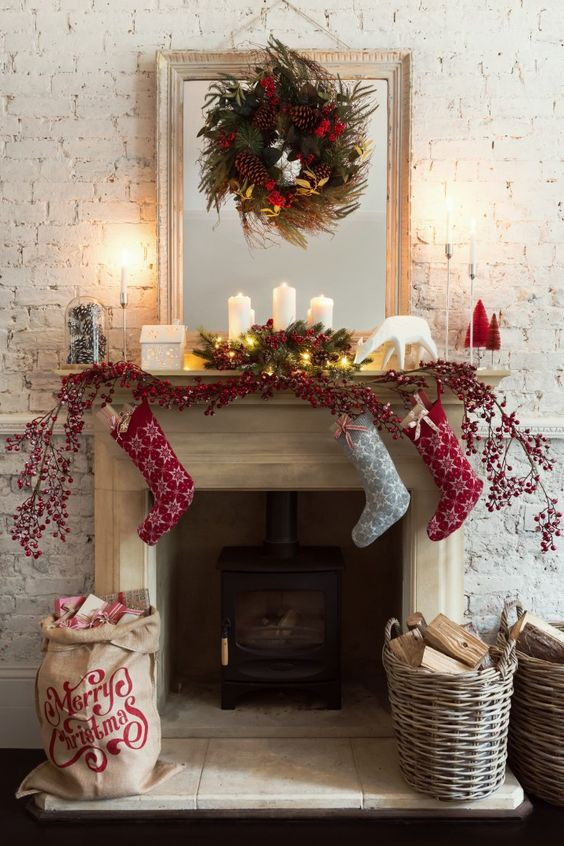 Christmas Fireplace Decor Pinterest  How to decorate fireplaces in Christmas