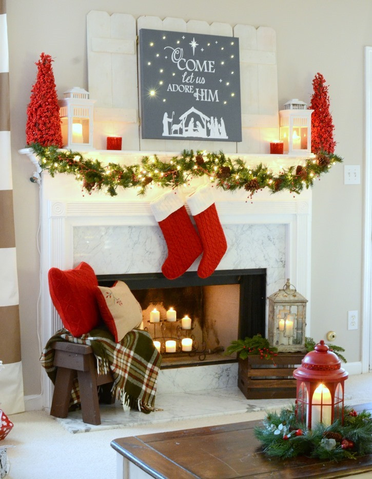 Christmas Fireplace Decor Pinterest  35 Amazing Christmas Mantels