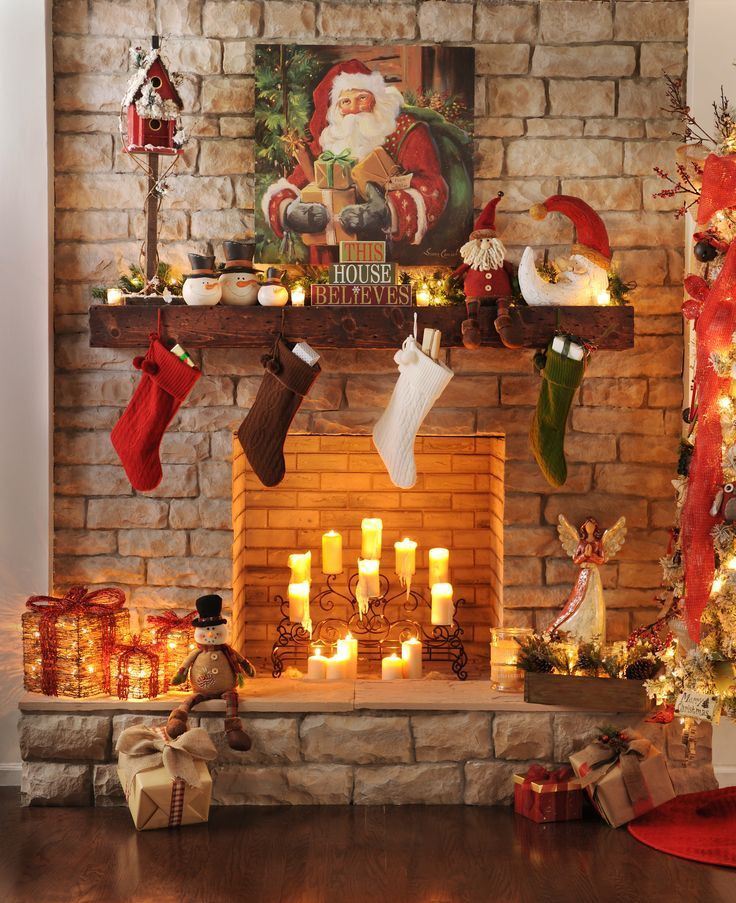 Christmas Fireplace Decor Pinterest  Karácsonyi kandalló dekoráció Christmas fireplace
