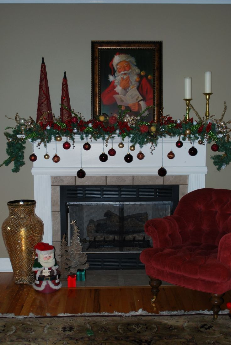 Christmas Fireplace Decor Pinterest  Best 25 Christmas mantle decorations ideas on Pinterest