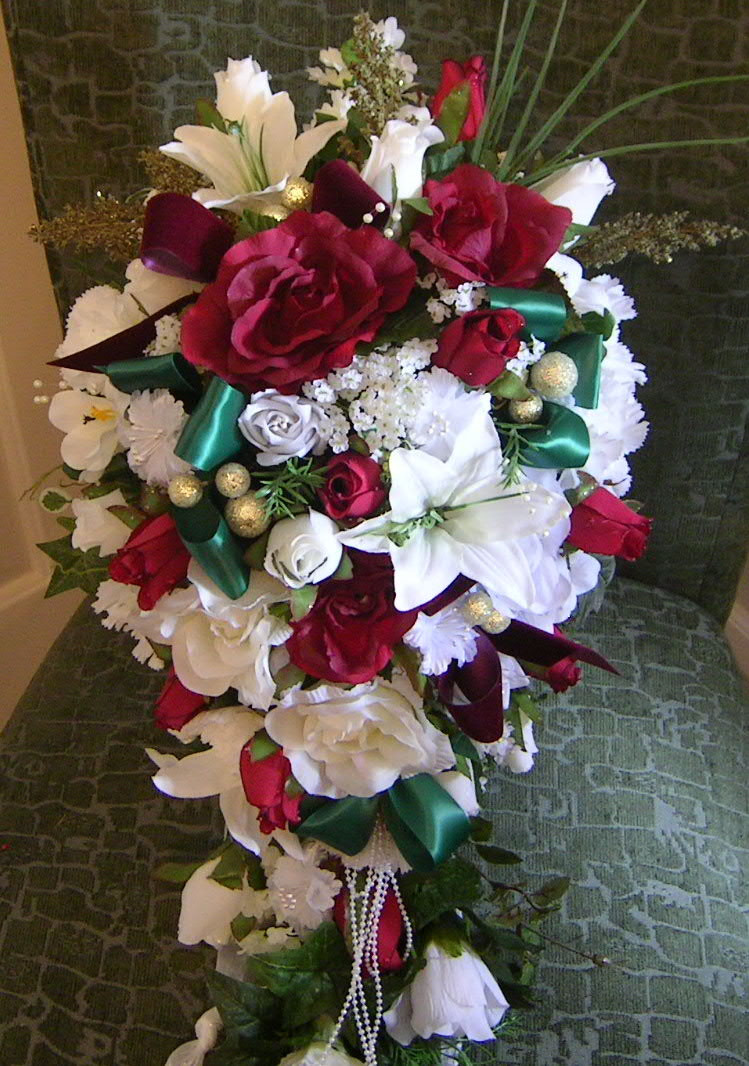 Christmas Flower Bouquets  Silk Flowers for Christmas
