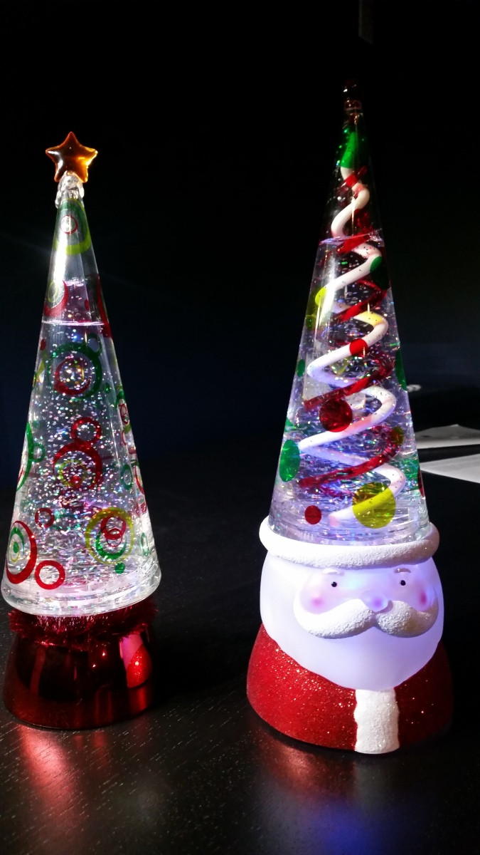 Christmas Lava Lamp Luxury Christmas Tree Glitter Oozing Goo the Lava Lamp Syndicate