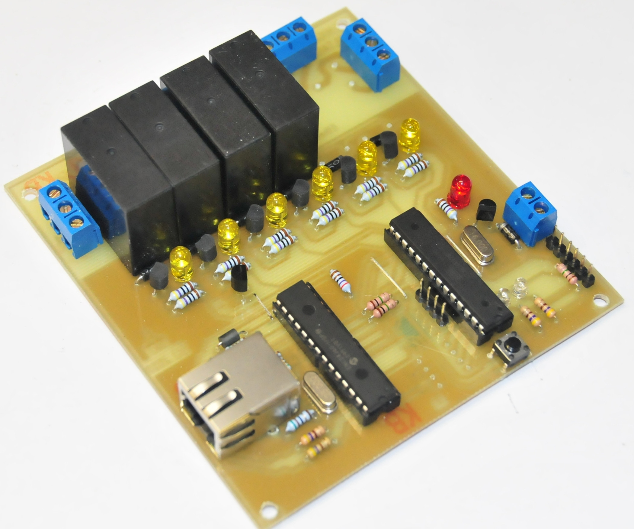 Christmas Lighting Controller System  A Remotely Programable Relay Controller Christmas Lights