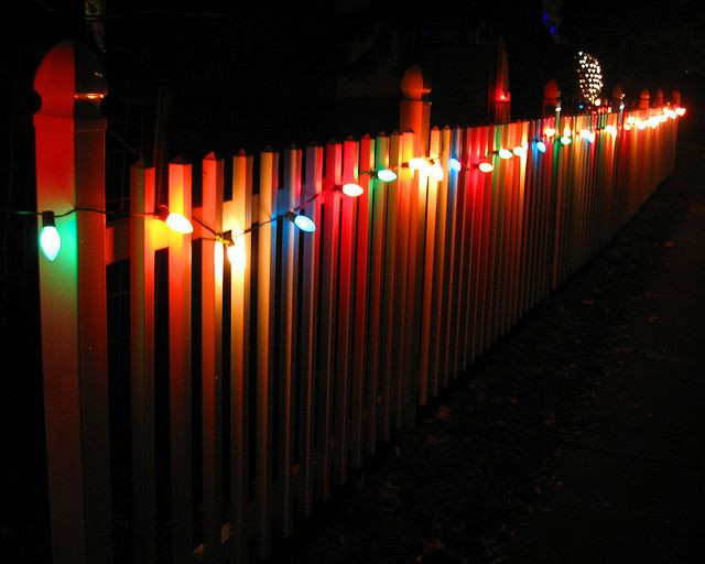 Christmas Lights On Fence Ideas  Christmas Lights on Fence