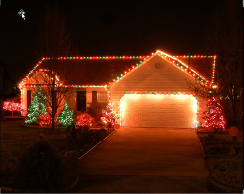Christmas Rooftop Decorations  Rooftop Elves is your choice for Outdoor Holiday Lighting