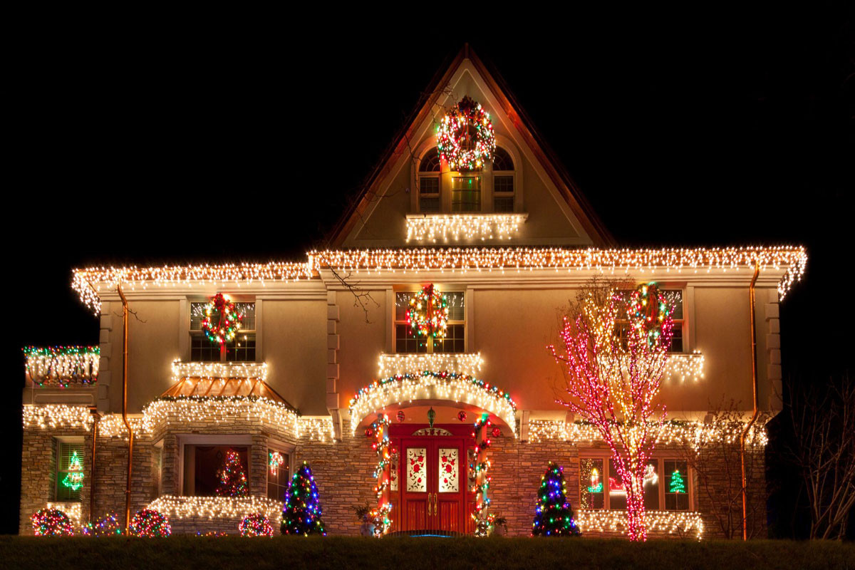 Christmas Rooftop Decorations  9 Tips for Rooftop Christmas Light Installation Roofing