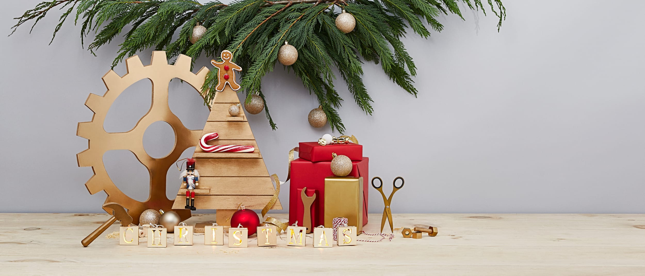 Christmas Story Deck The Halls  Story Deck the halls Christmas decoration ideas for any