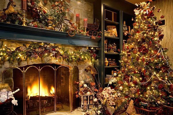 Christmas Themed Fireplace Screen  Christmas Tree Ideas How to Decorate a Christmas Tree