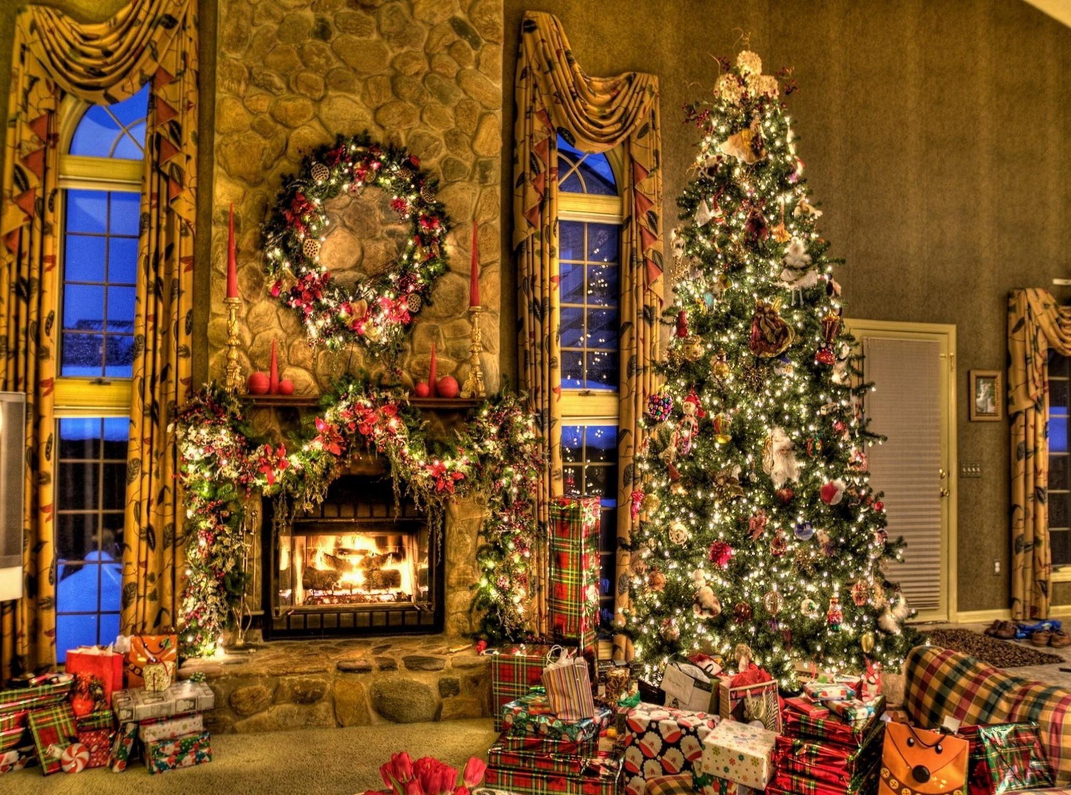 Christmas Tree Fireplace  free christmas fireplace wallpaper 2017 Grasscloth Wallpaper