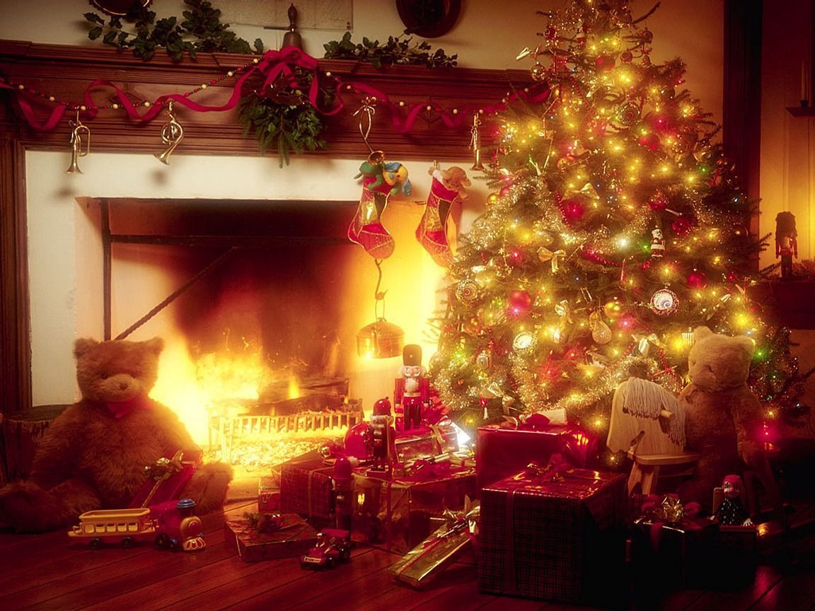 Christmas Tree Fireplace  High Definition And Wallpapers christmas tree with