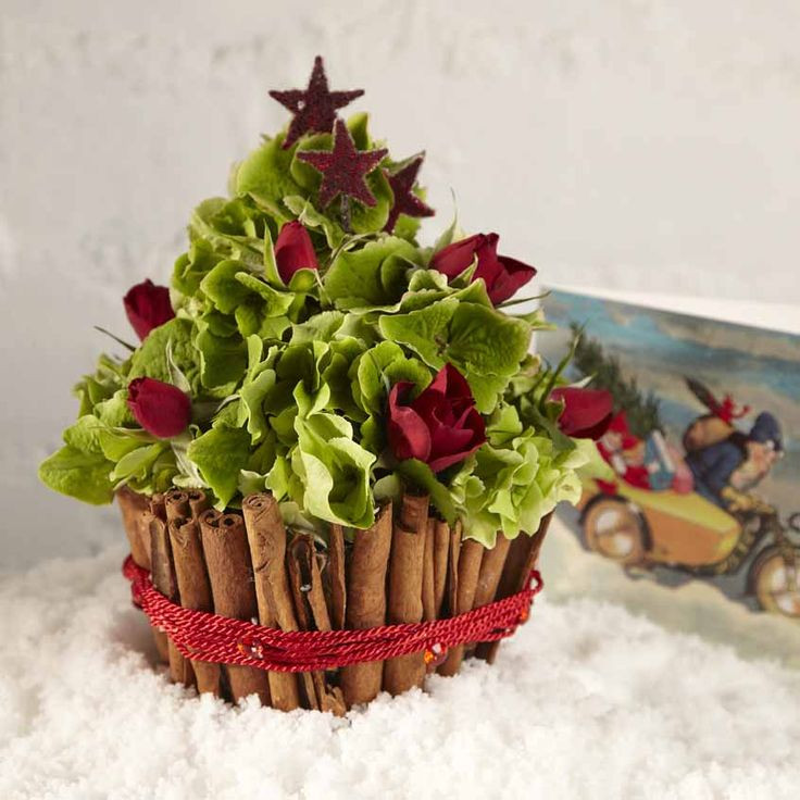 Christmas Tree Flower Arrangement  OASIS Floral Cupcake Christmas Tree Cute Christmas