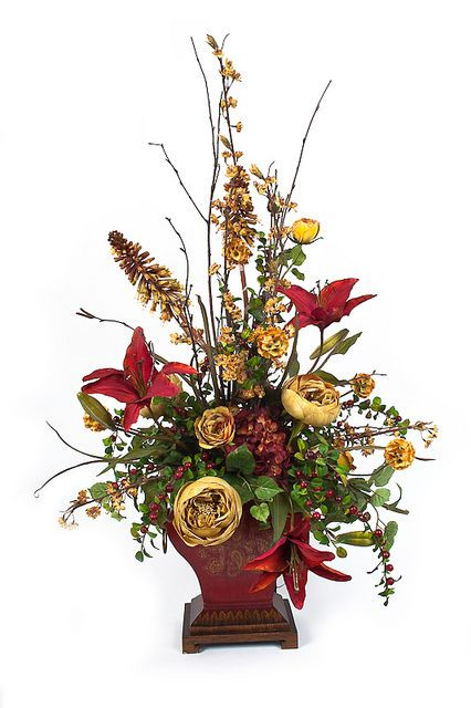 Christmas Tree Flower Arrangement  1000 images about Christmas silk flower arrangements on