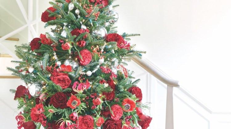 Christmas Tree Flower Arrangement  Christmas Flower Arrangements Flower Magazine