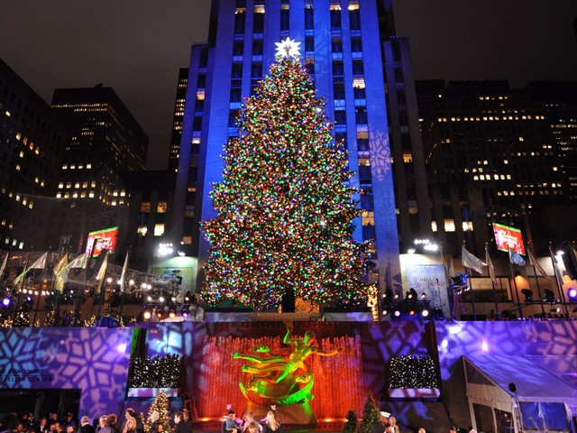 Christmas Tree Lighting Nyc  The Empty Nest New York City Gets It Right Every Time