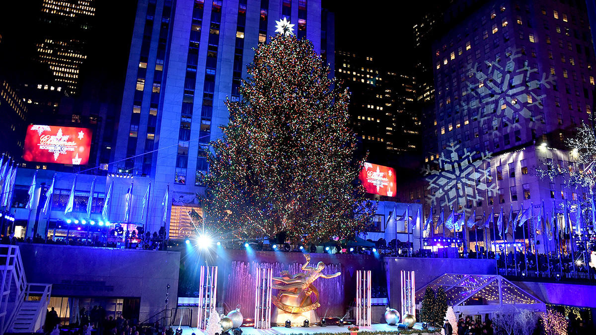 Christmas Tree Lighting Nyc  In s Rockefeller Center s 85th Annual Christmas Tree