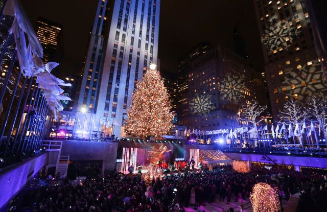 Christmas Tree Lighting Nyc  Swarovski Toasts Rockefeller Center Tree Lighting — Away