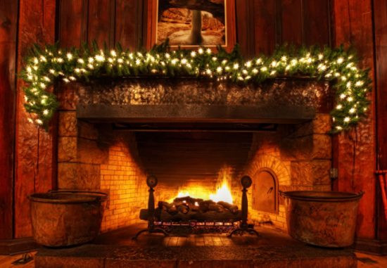 Christmas Wallpaper Fireplace  Christmas fireplace decorations this year for more elegant