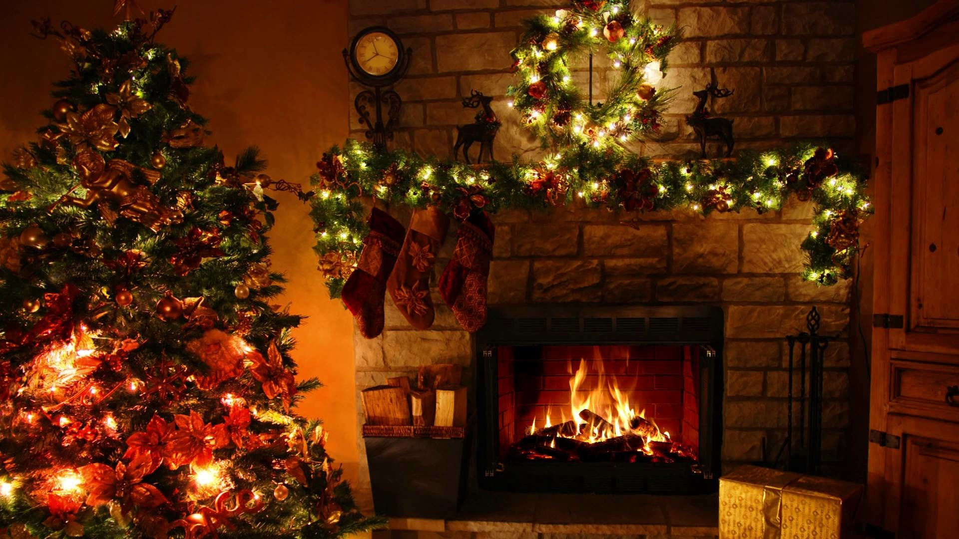 Christmas Wallpaper Fireplace  Christmas Fireplace Wallpaper ·① WallpaperTag