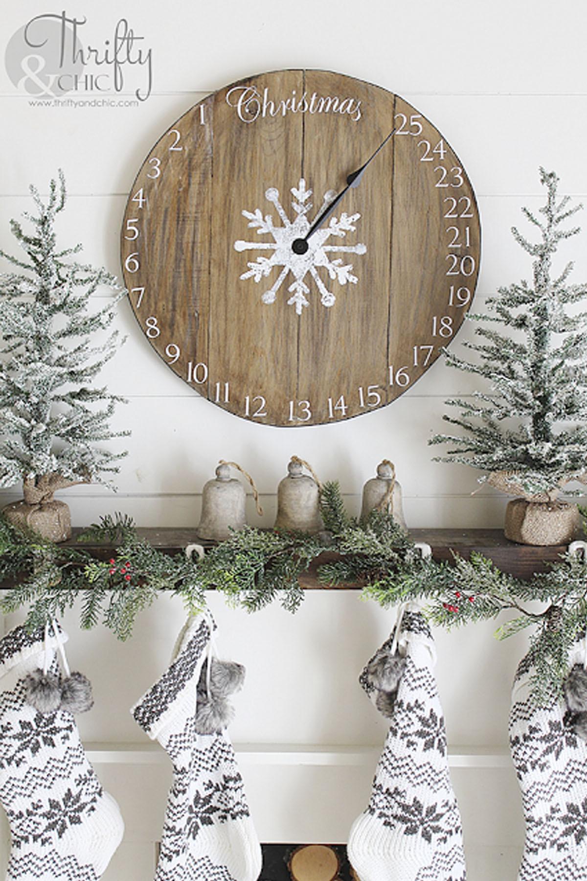 Christmas Wood Art  43 Easy DIY Christmas Decorations Homemade Ideas for