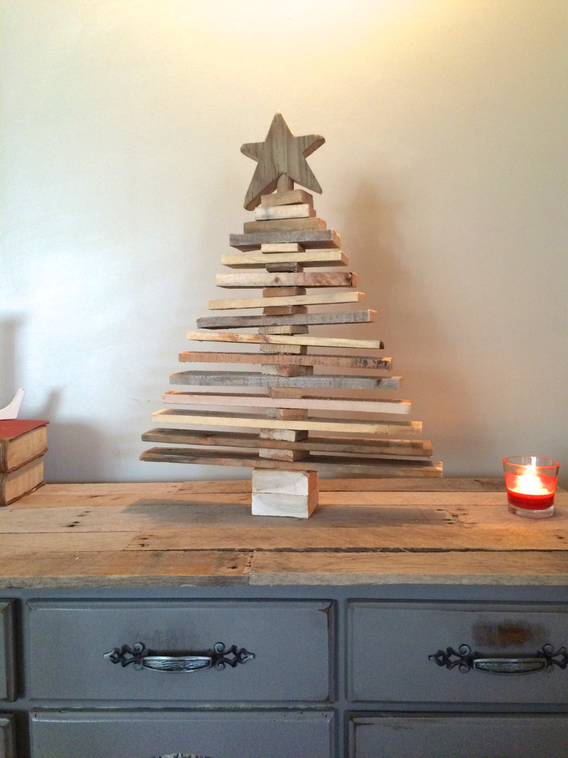 Christmas Wood Art  Pallet Christmas Tree Spaced Out Holiday Decor Pallet art