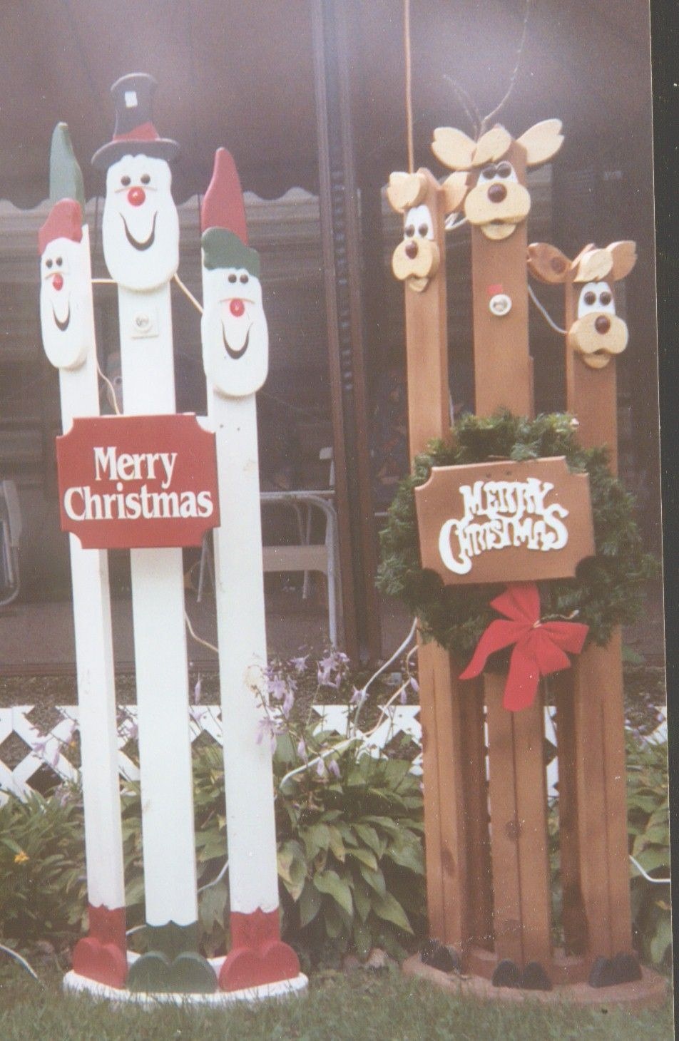 Christmas Wood Art  pictures of crafted wooden painted christmas decorations
