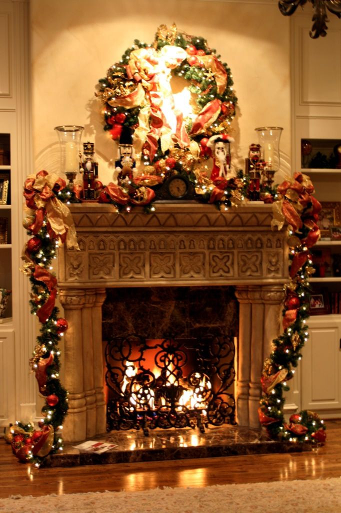 Decorating Fireplace Mantel for Christmas Awesome Christmas Fireplace Decoration – Interior Designing Ideas