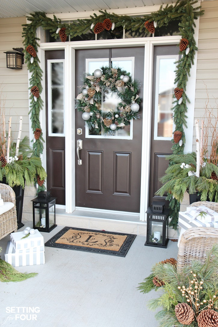 Decorating Porch For Christmas  10 Minute Christmas Lantern Decor Setting for Four