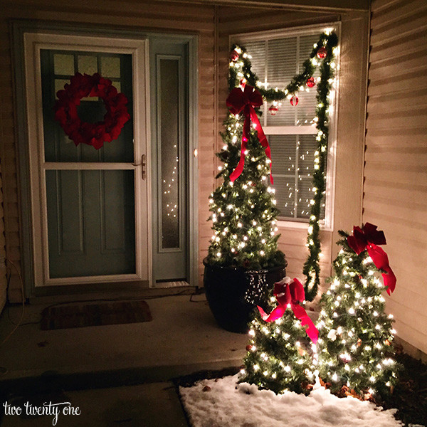 Decorating Porch For Christmas  Outdoor Christmas Decorations