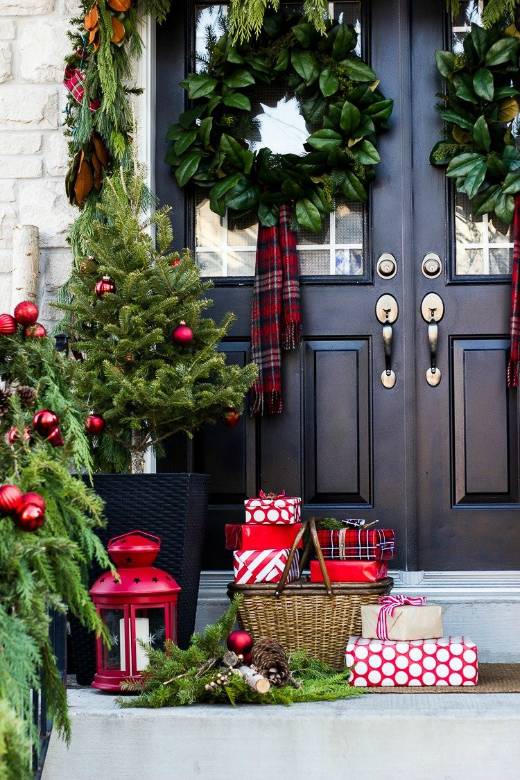 Decorating Porch For Christmas  Christmas Decorating Ideas For Porch Festival Around the