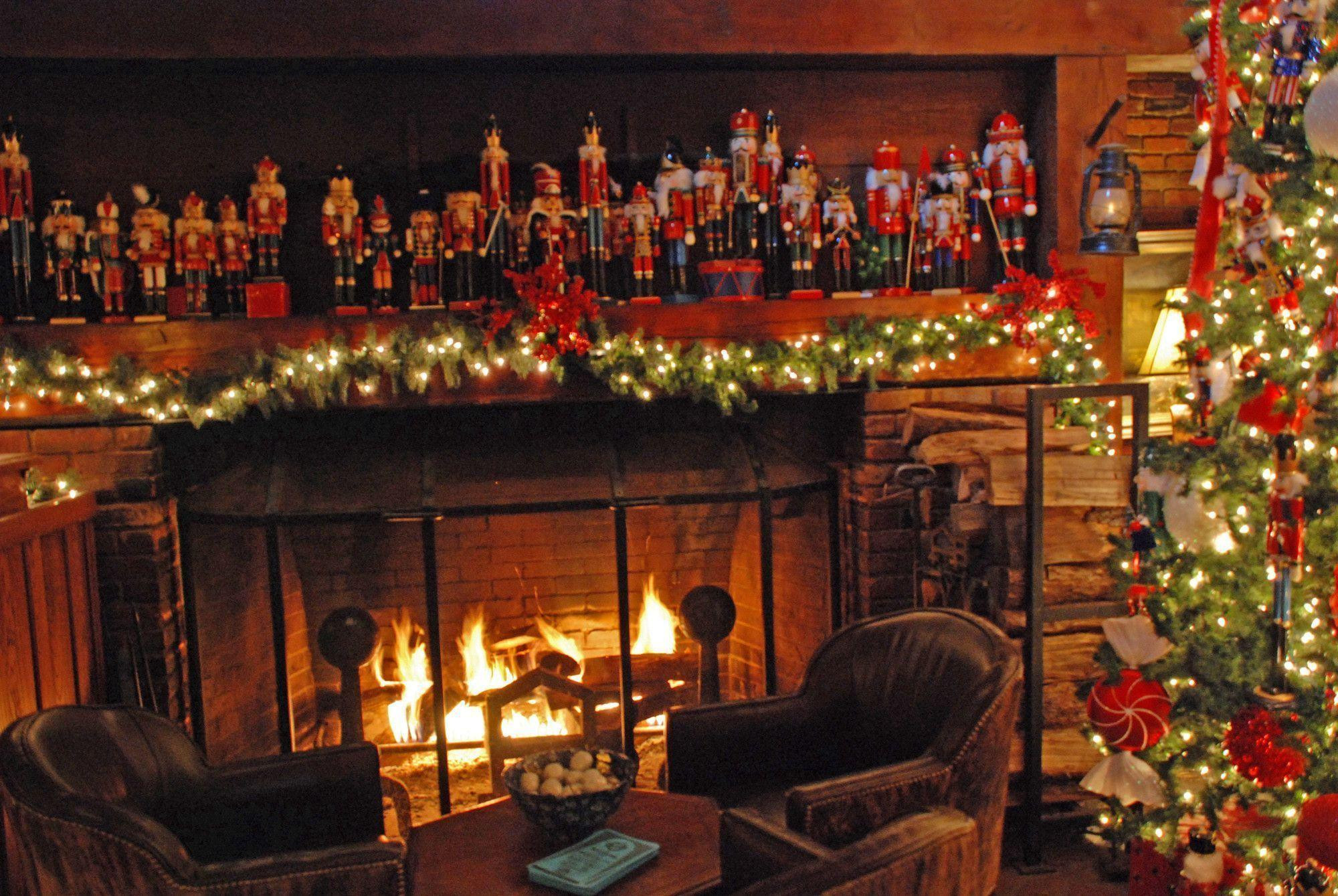Fireplace Christmas Background  Christmas Fireplace Wallpapers Wallpaper Cave