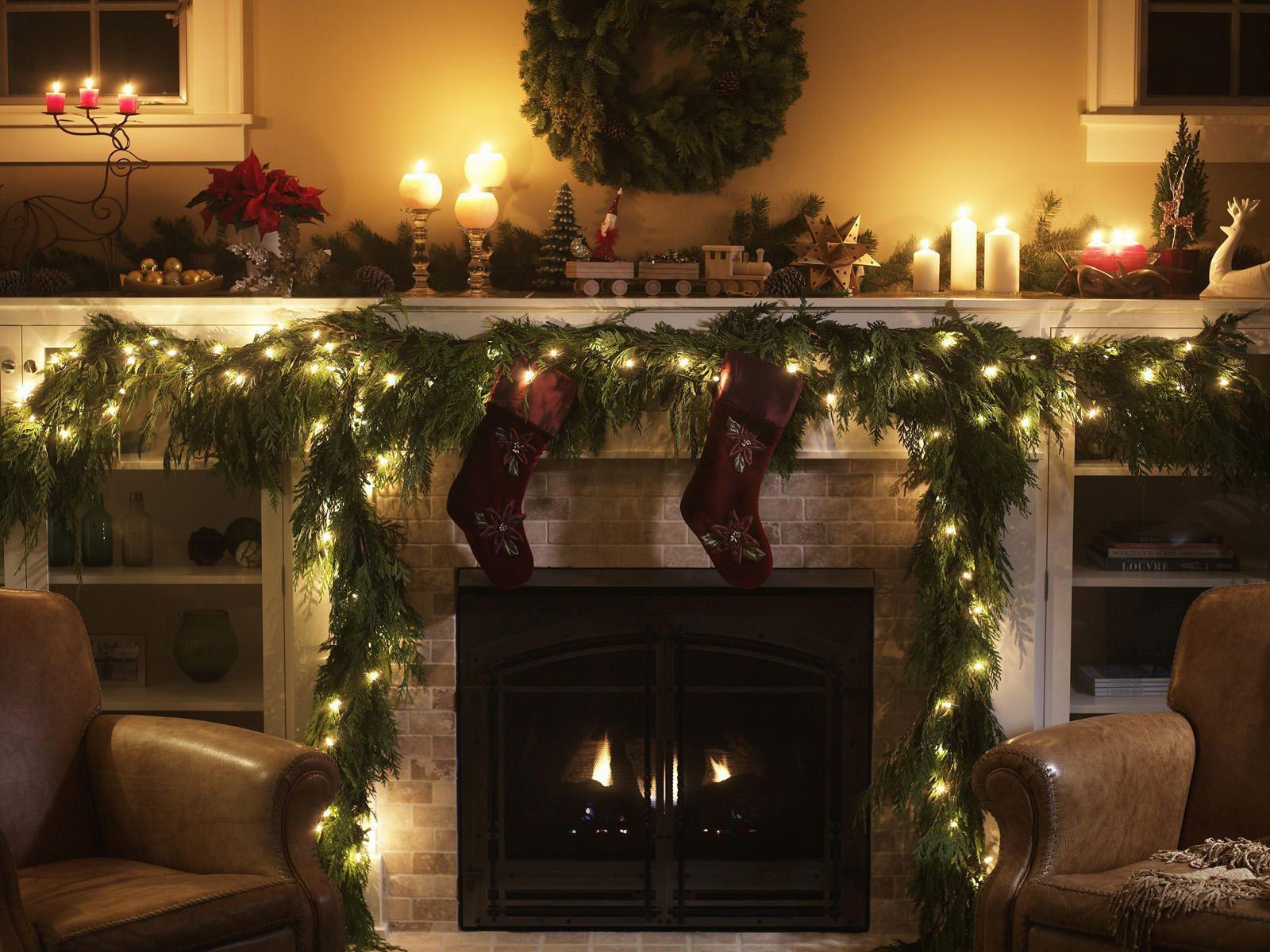 Fireplace Christmas Background  Free Christmas Fireplace Wallpapers Wallpaper Cave