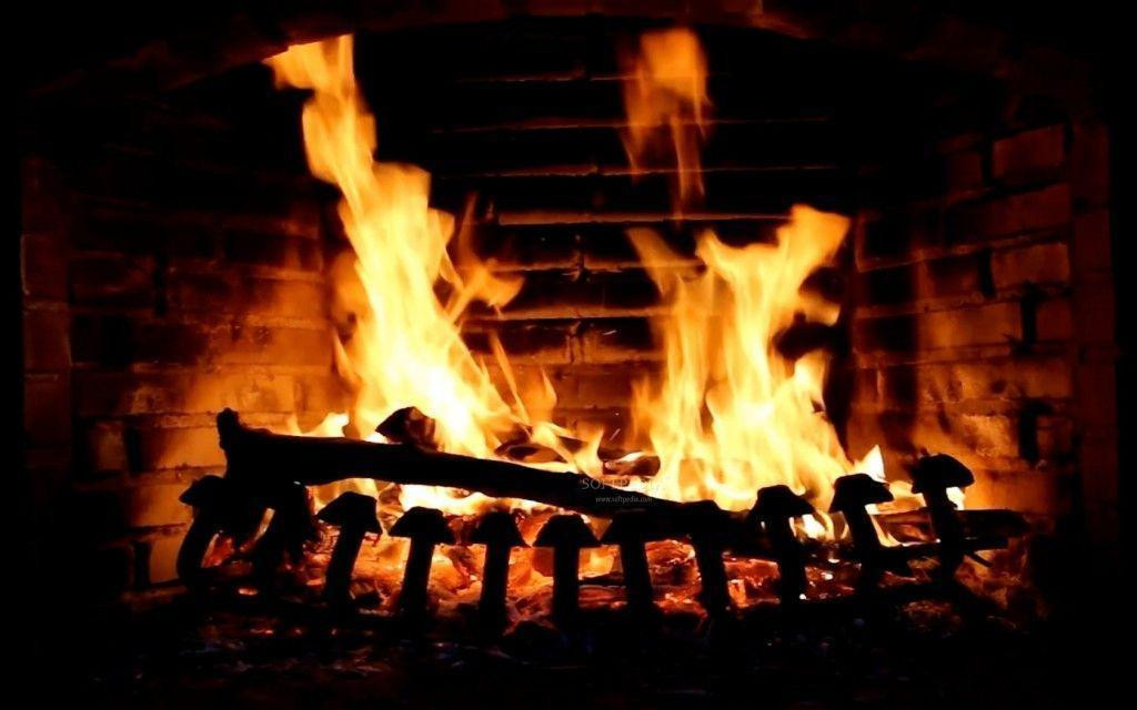 Free Christmas Fireplace Screensaver  Free Christmas Fireplace Wallpapers Wallpaper Cave