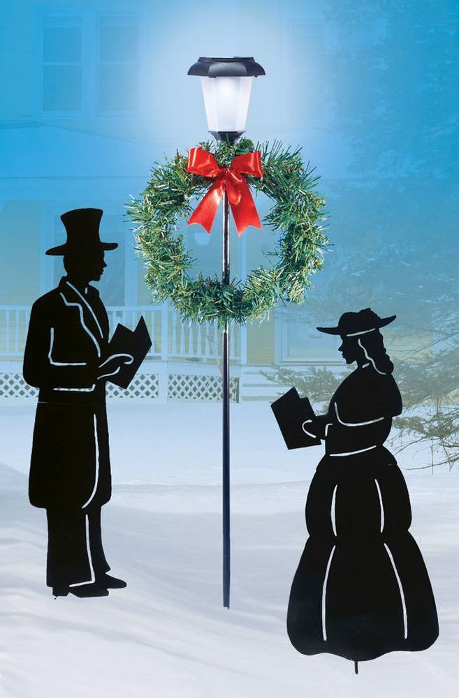 Lighted Outdoor Christmas Lamp Post  Lighted Lamp Post w Christmas Carolers Yard Stakes