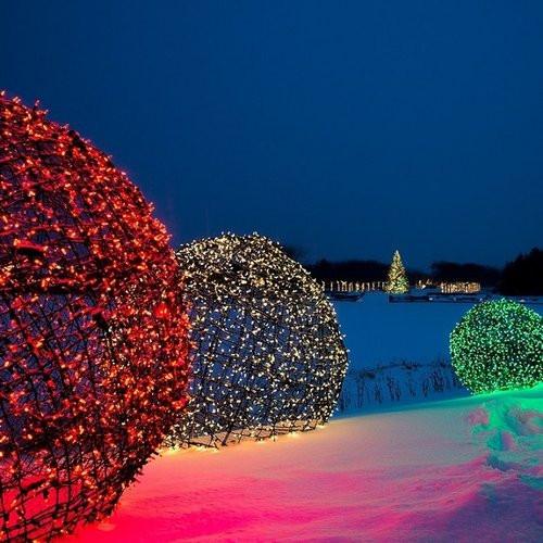 Outdoor Christmas Light Balls  Creating LED Light Balls Unique Outdoor Decorations