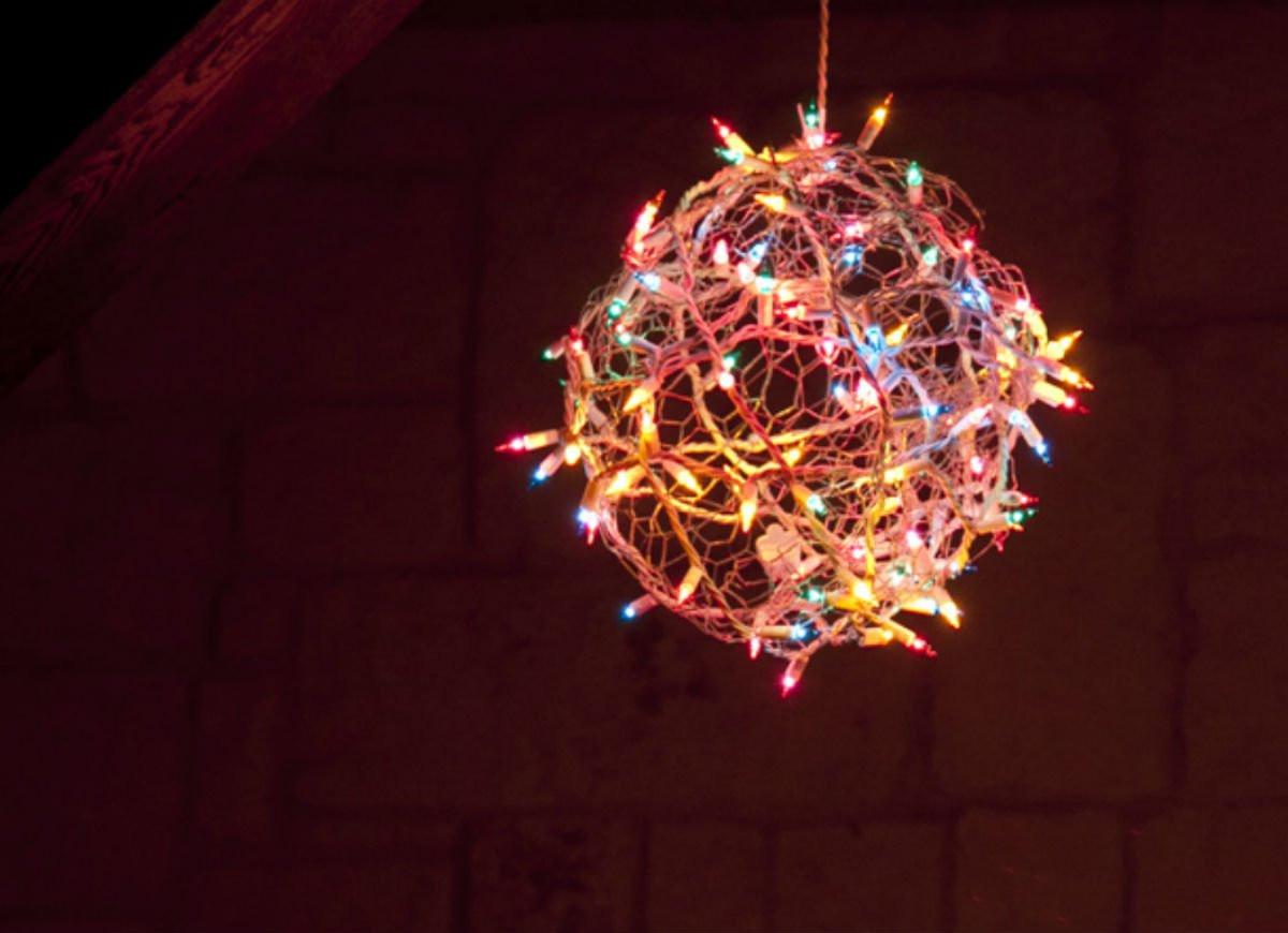 Outdoor Christmas Light Balls  DIY Christmas Light Ball DIY Christmas Decorations 10